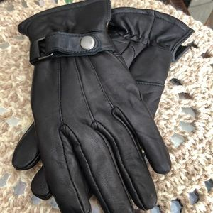 Other - NWOT Men's Black Leather Gloves
